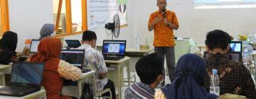 Guru SD Antusias Belajar e-Modul Flipbook Interaktif